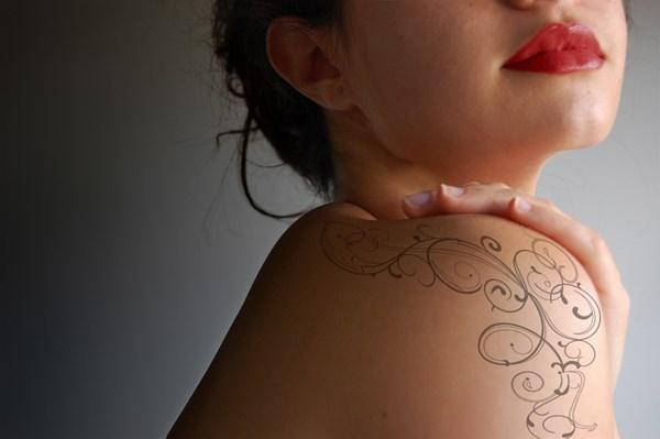Simulateur tatouage elfique